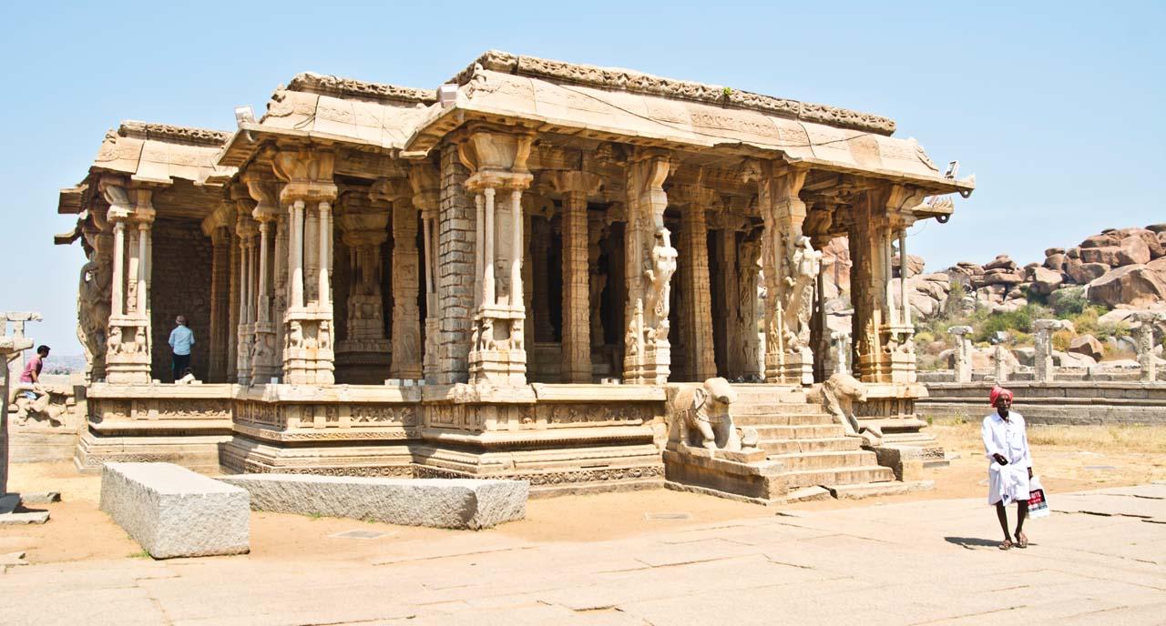 Hampi Monuments 15