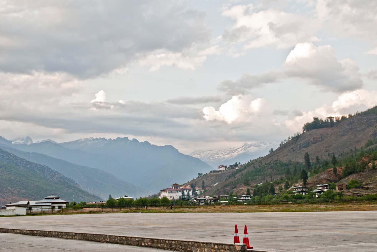 paro bhutan airport