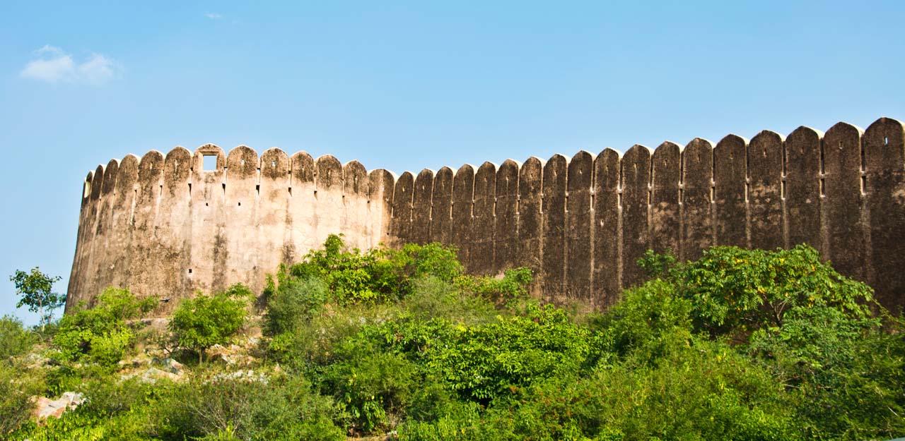 Wall of Nahargarh fort jaipur