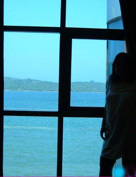 Travelling Solo – Advantages & Disadvantages
