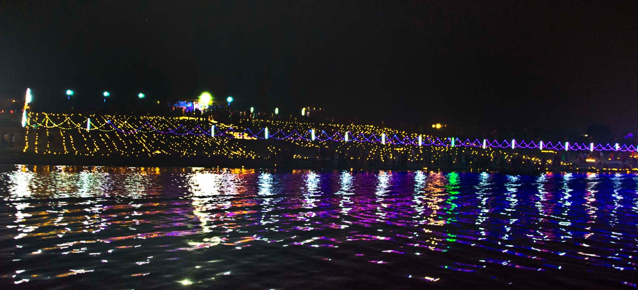Dev Deepawali in Varanasi otherside