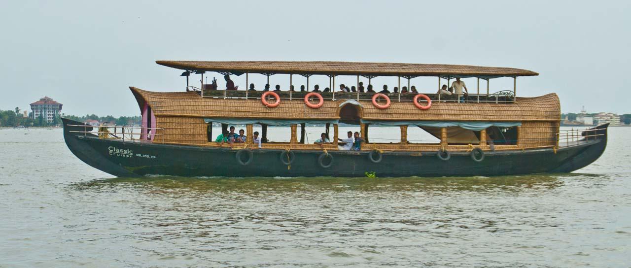 Cruise in Backwaters of Kochi