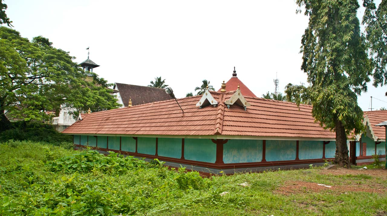 Temple near Mattancherry Dutch Palace