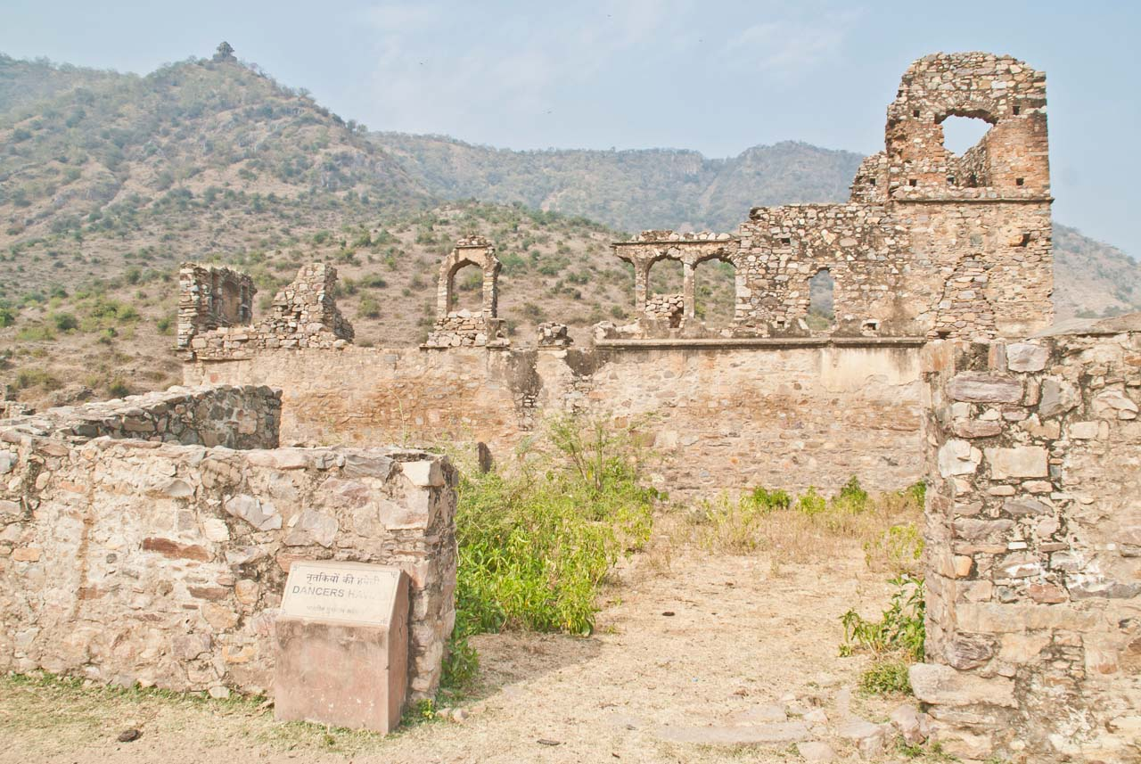 Bhangarh fort Dancing girl house