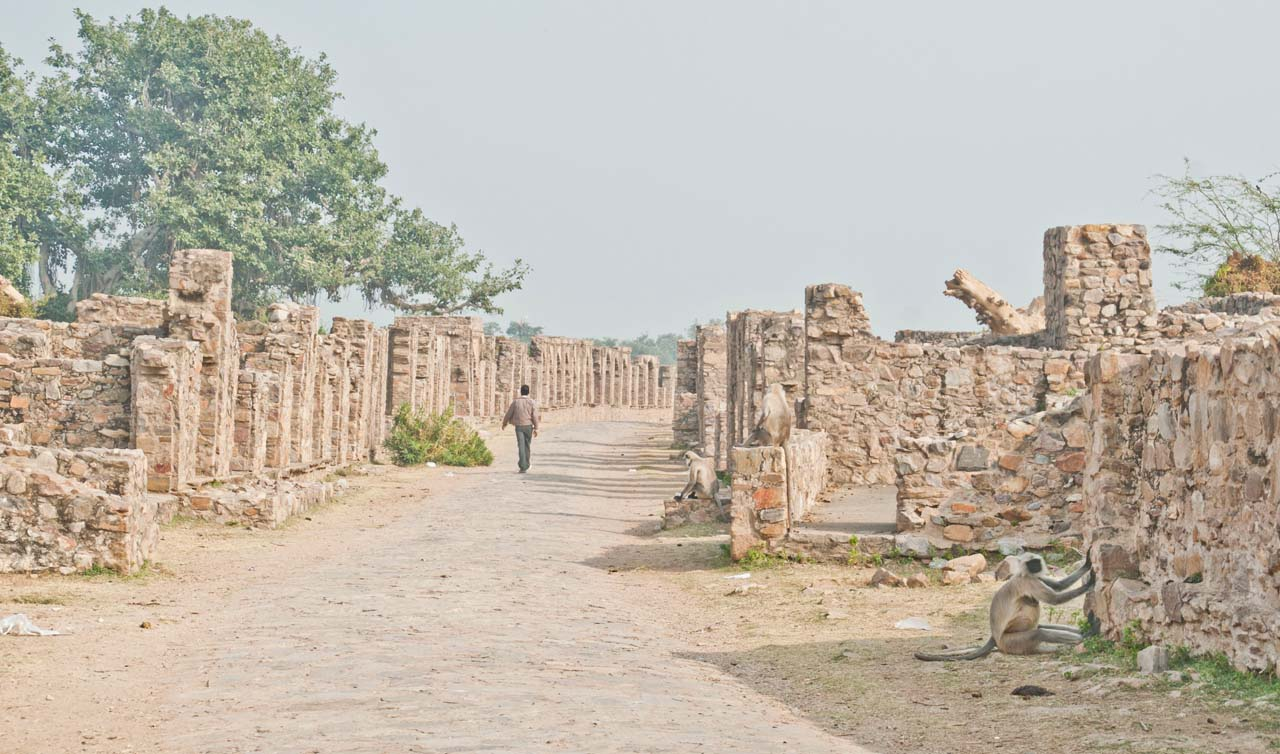 Bhangarh fort ruins and path
