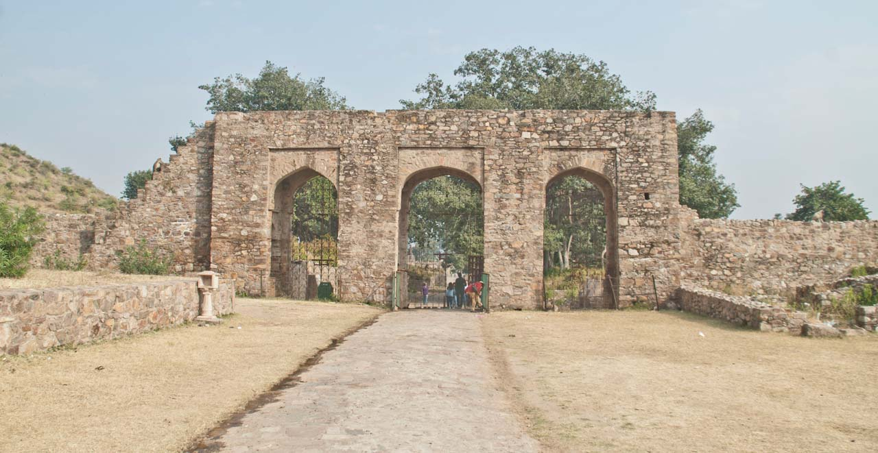 Entry gate Bhangarh fort