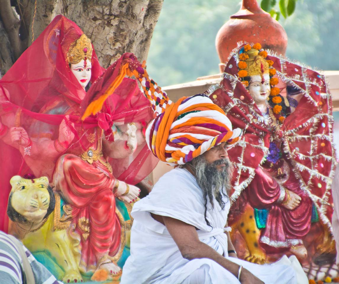 Pushkar ghats artist