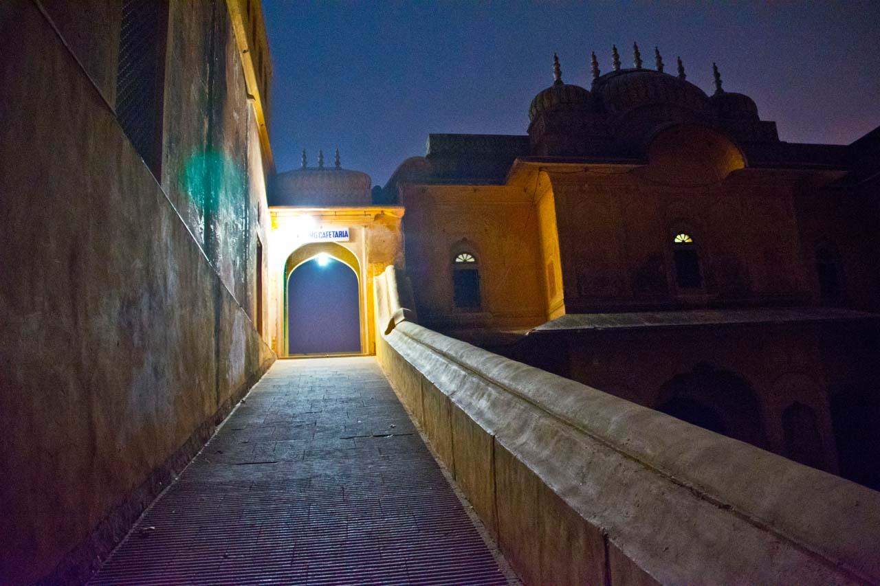 Jaipur by night Way to Nahargarh Fort restaurant