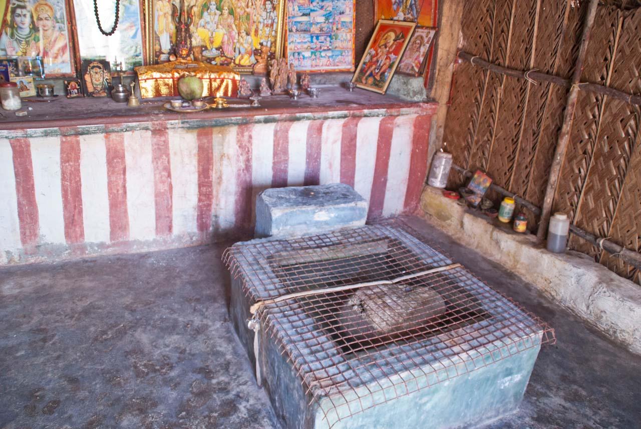 Floating stone in Dhanushkodi