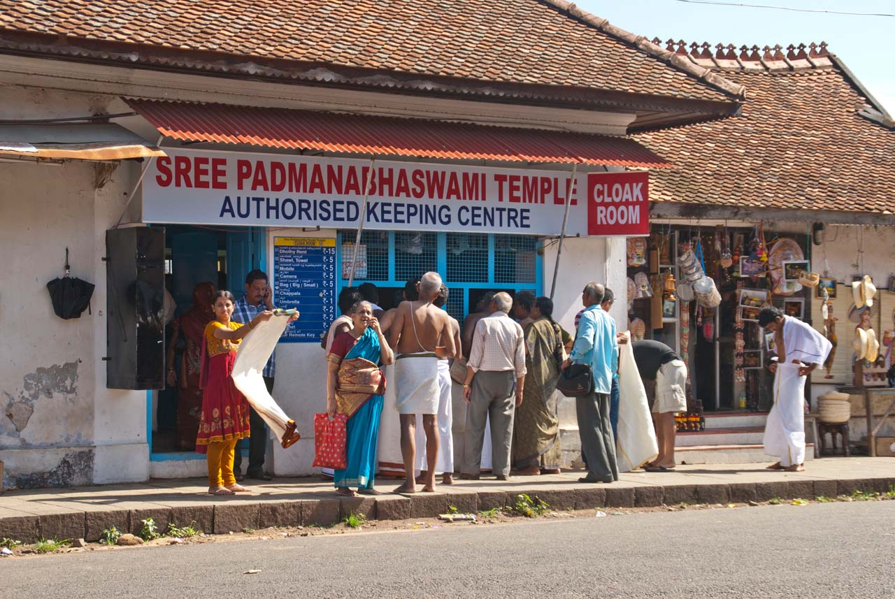 Dhoti Rent shop outside Pond outside Padmanabhaswamy temple