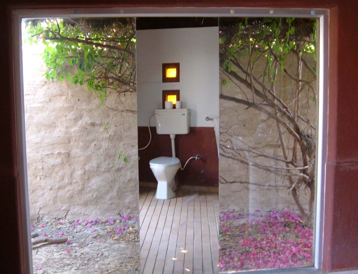 Bathroom Shaam-e-Sarhad Village Resort Kutch Gujarat