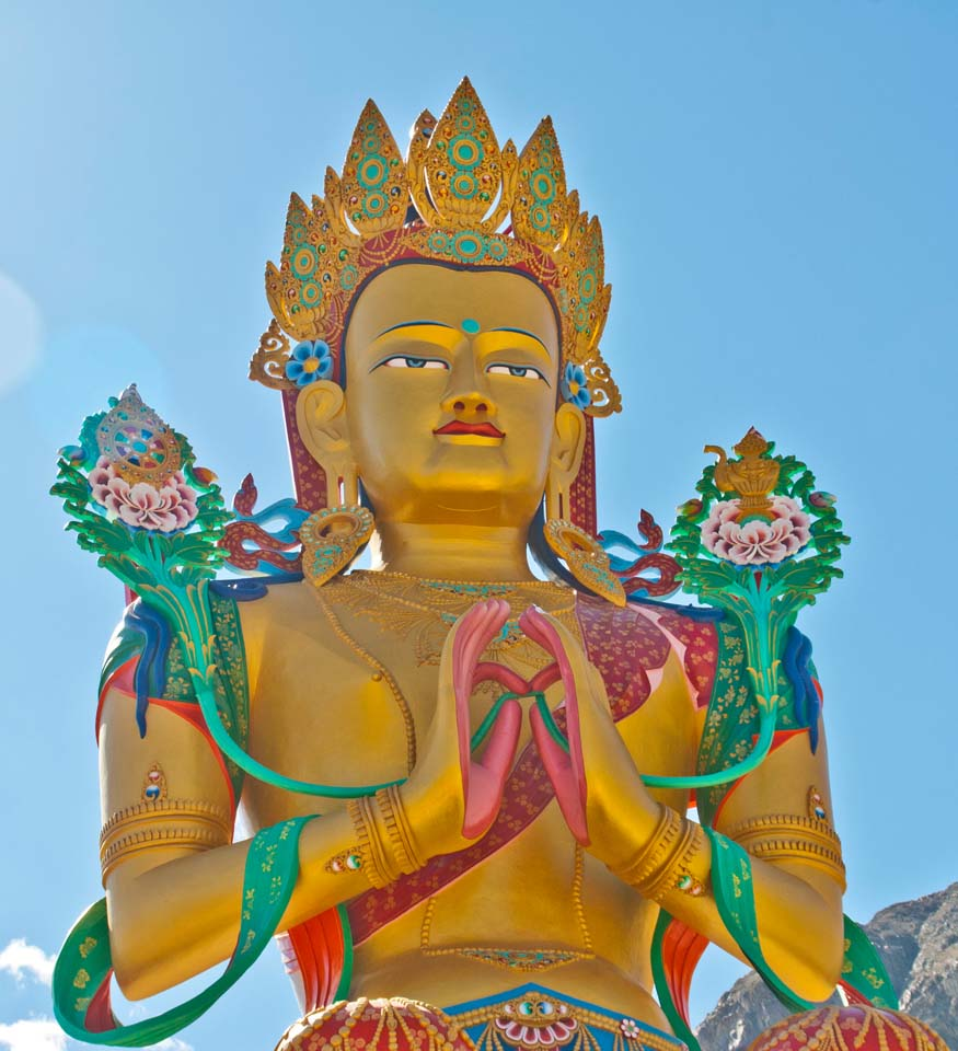 Leh to nubra valley via khardung la - Maitery buddha