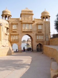Gate Gadisar Lake - Jaisalmer's places to visit
