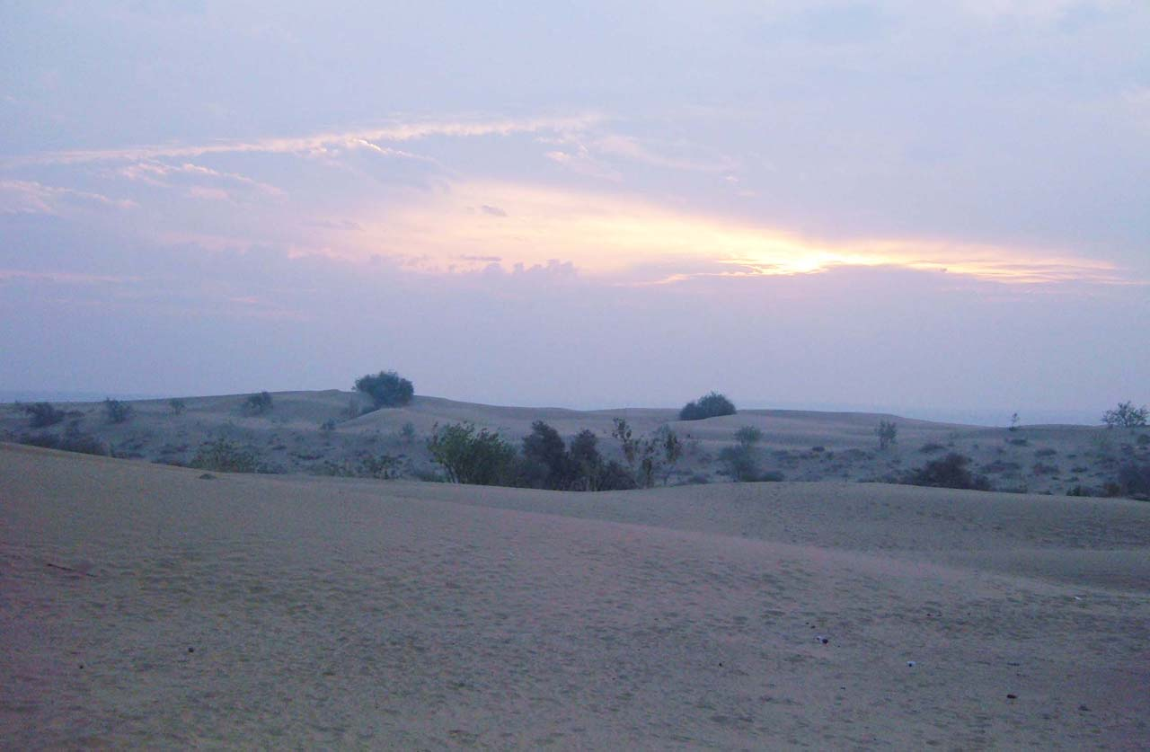 Sunrise in Khuri Jaisalmer