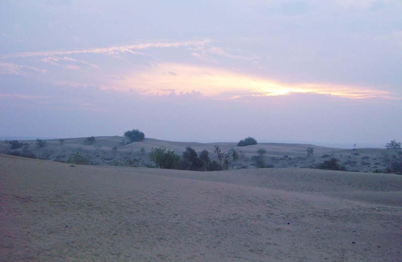 Sunrise in Khuri Jaisalmer