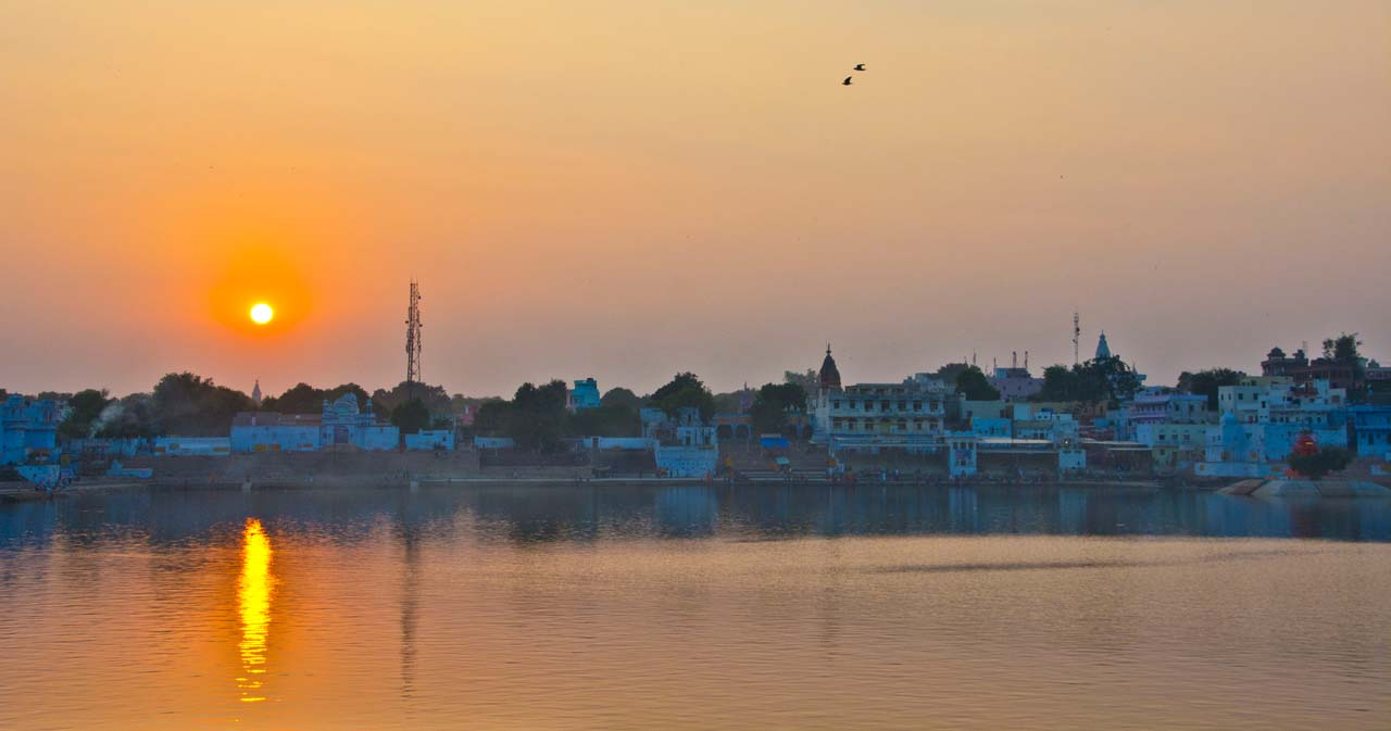 Pushkar lake ghat sunset