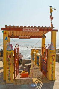 Shivalingams temple Diu