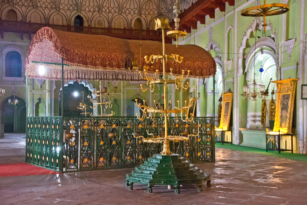 Bara Imambara tomb of nawab