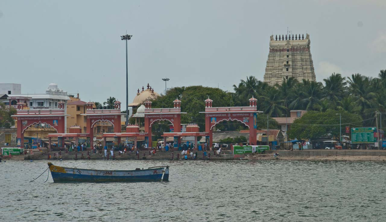 Ramanathaswamy temple and Aagni Teertham Rameshwaram