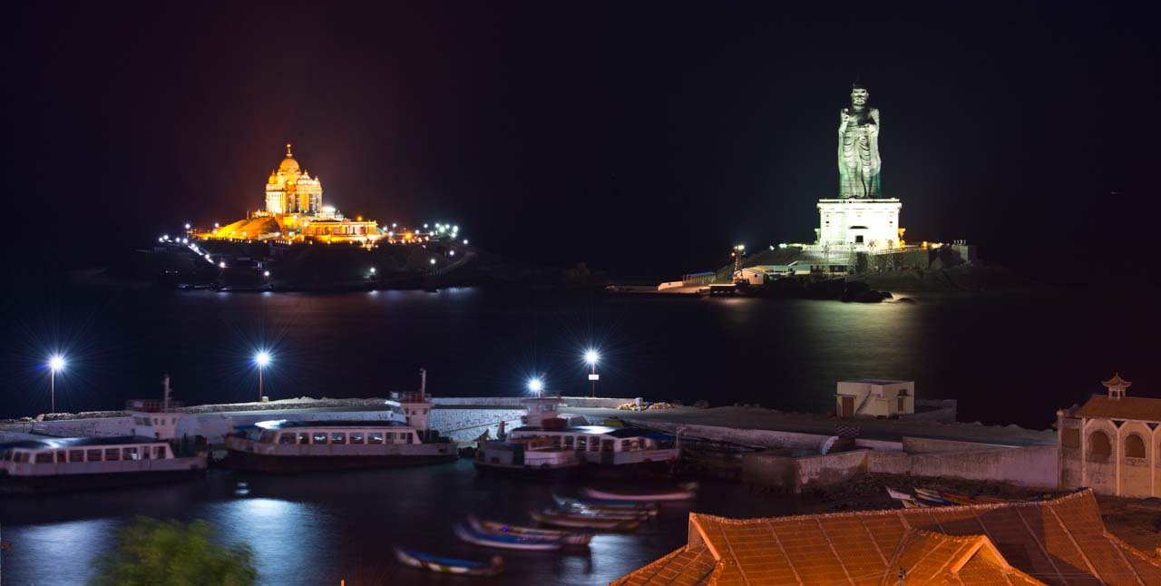 Vivekanand rock and Thiruvalluvar Statue Kanyakumari at night