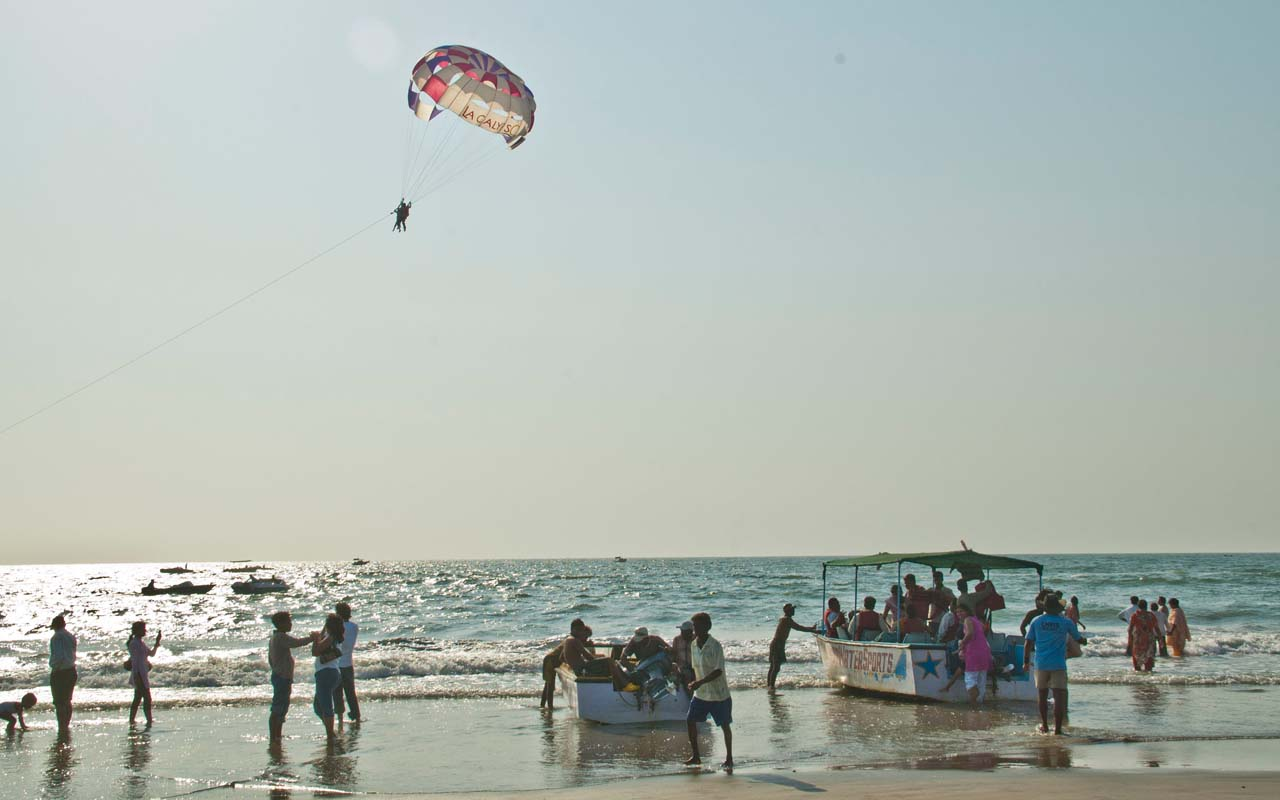 Water sports at Colva beach Goa