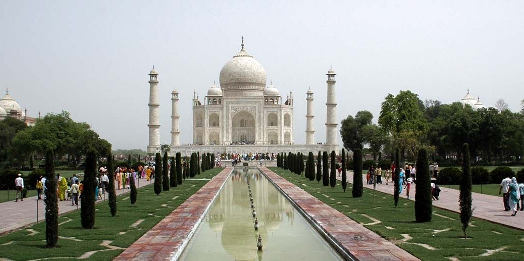 Taj Mahal and Other Places to see in Agra