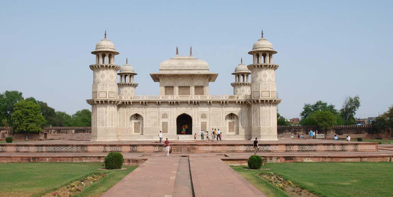 Tomb of Itimad-Ud-Daulah Agra