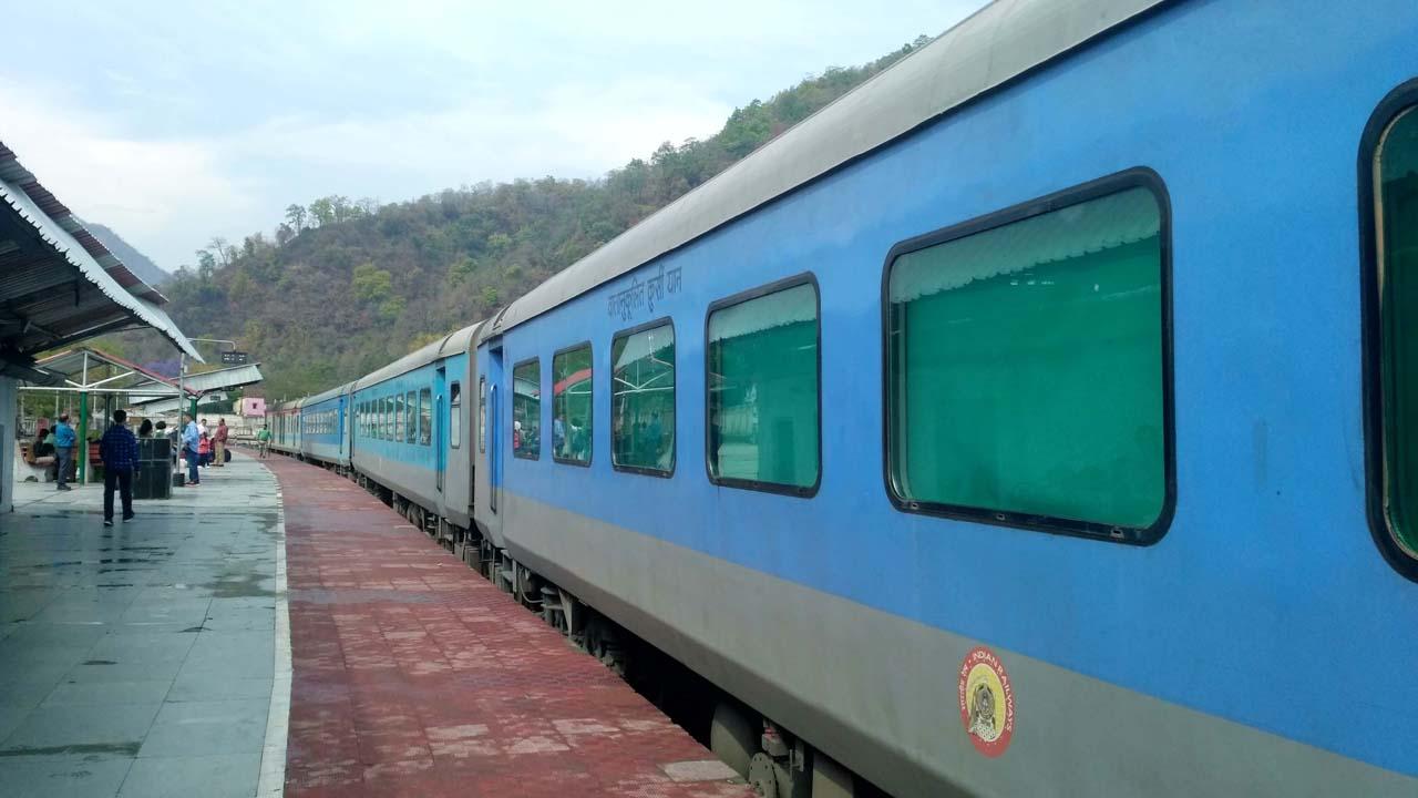 Train at Kathgodam Railway Station