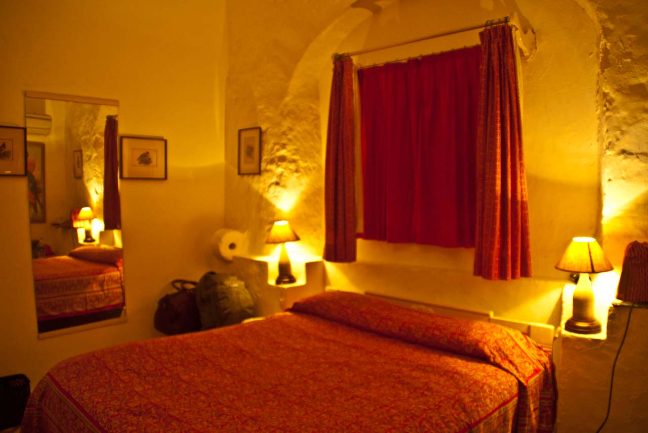 Room in Hill Fort Kesroli