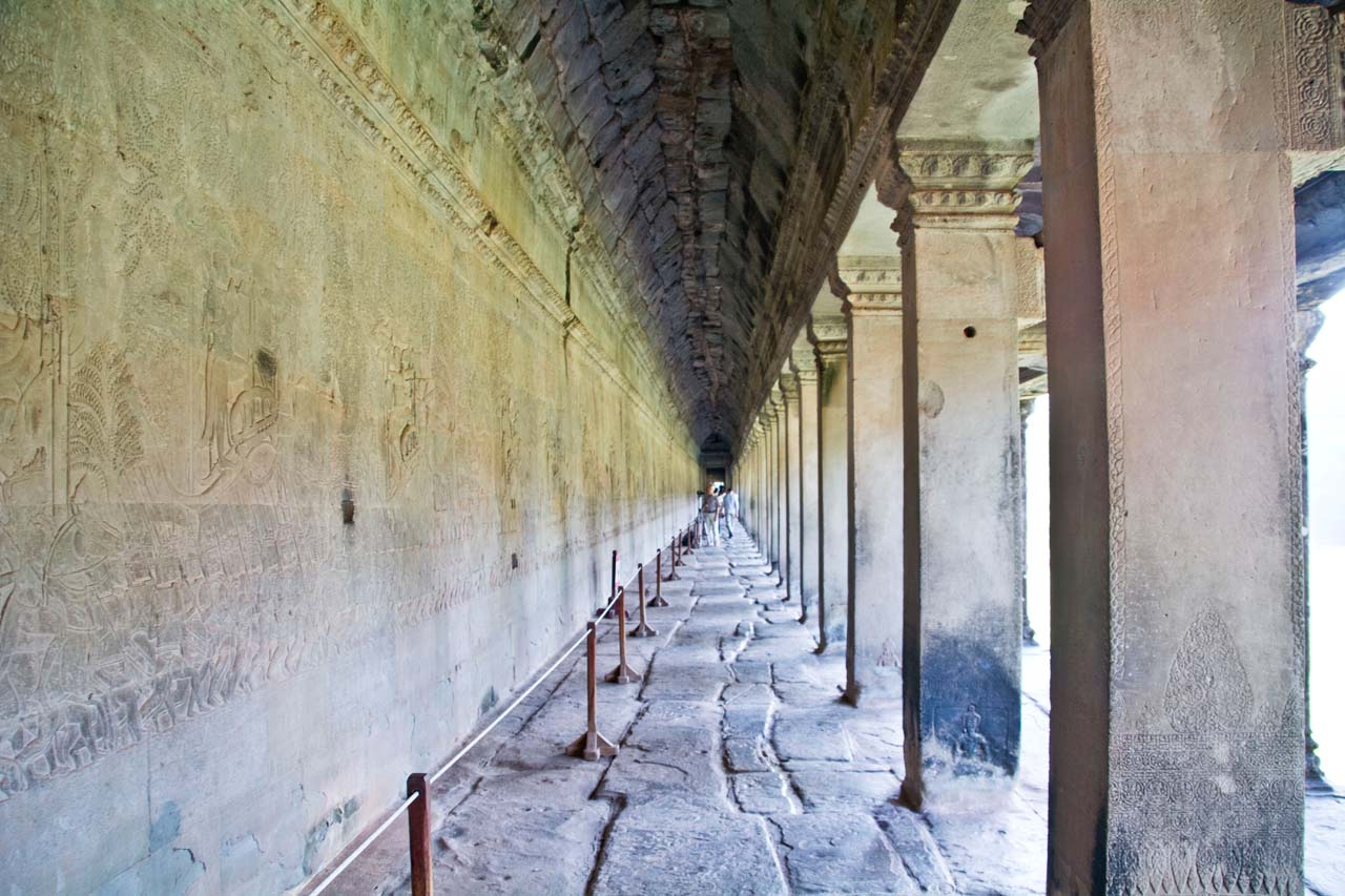Gallery around Angkor Wat