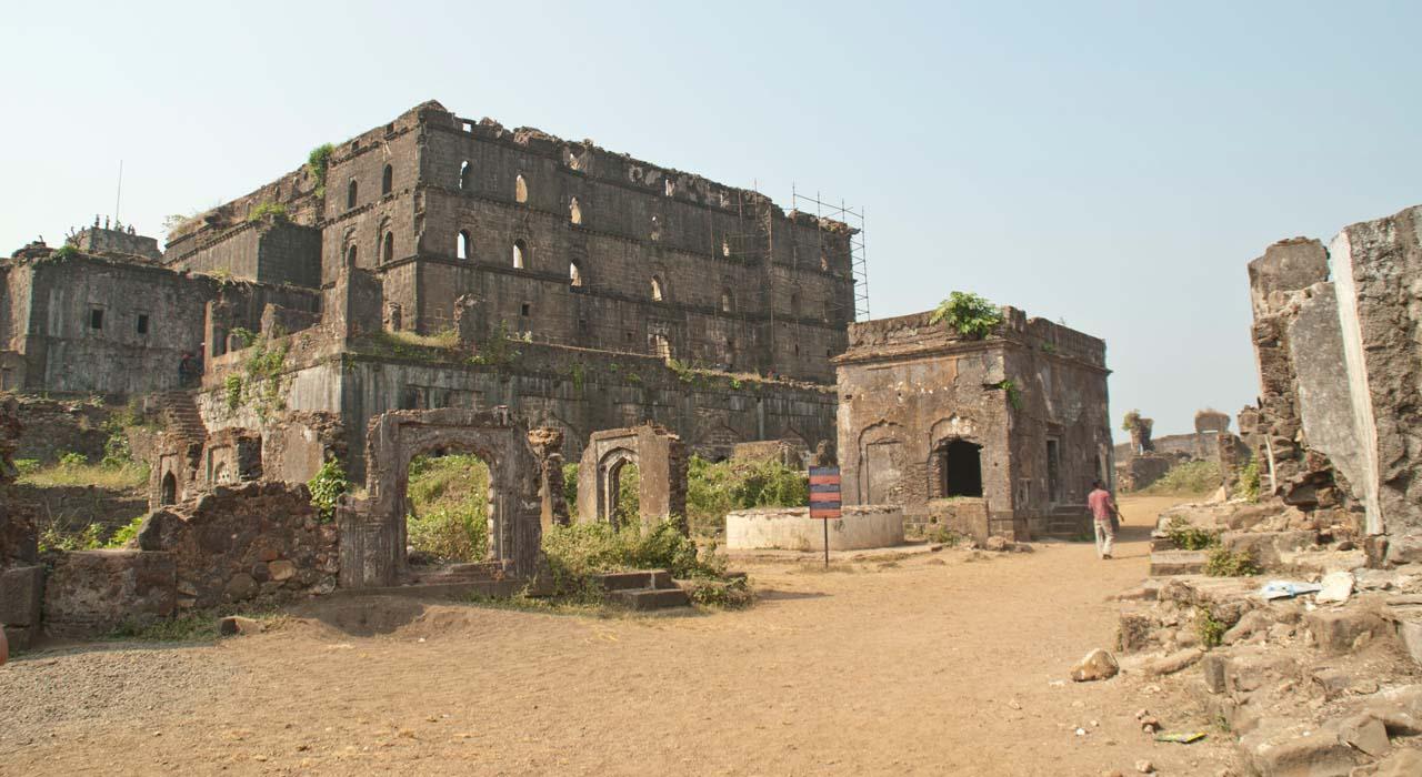 Inside Murud Janjira Fort