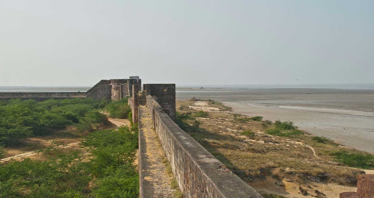 Lakhpat Fort wall from top