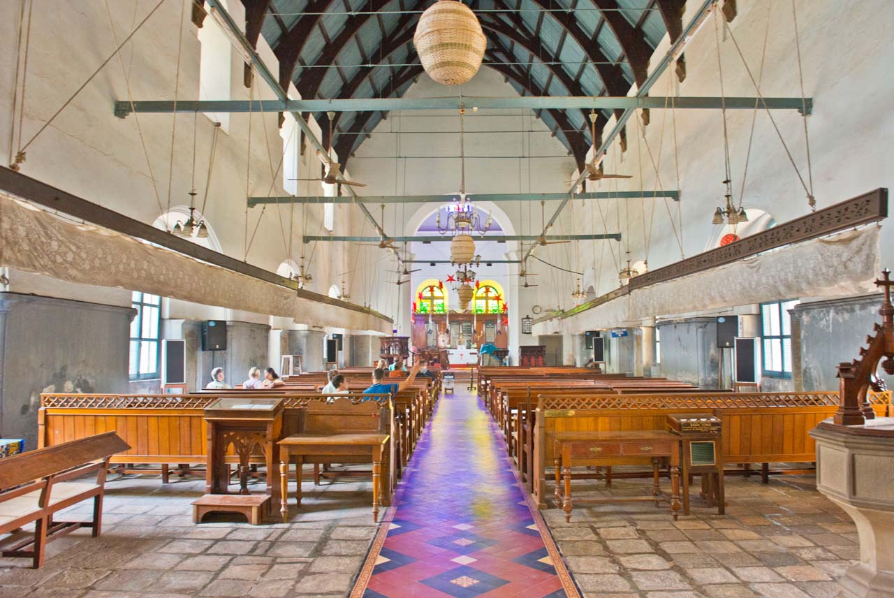 Inside of St Francis Church in Fort Kochi