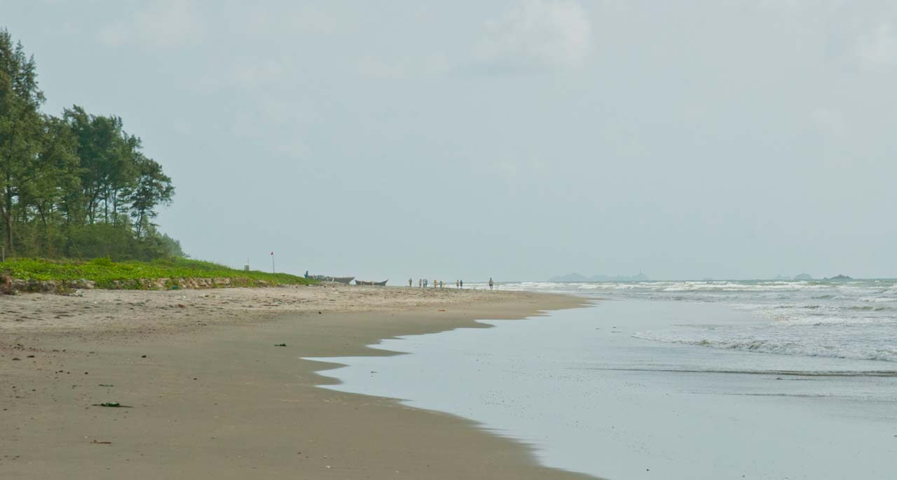 Visiting Beaches in Malvan & Other things to do in Malvan - My