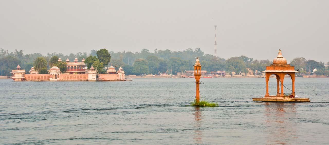 Jag mandir in Kishore sagar
