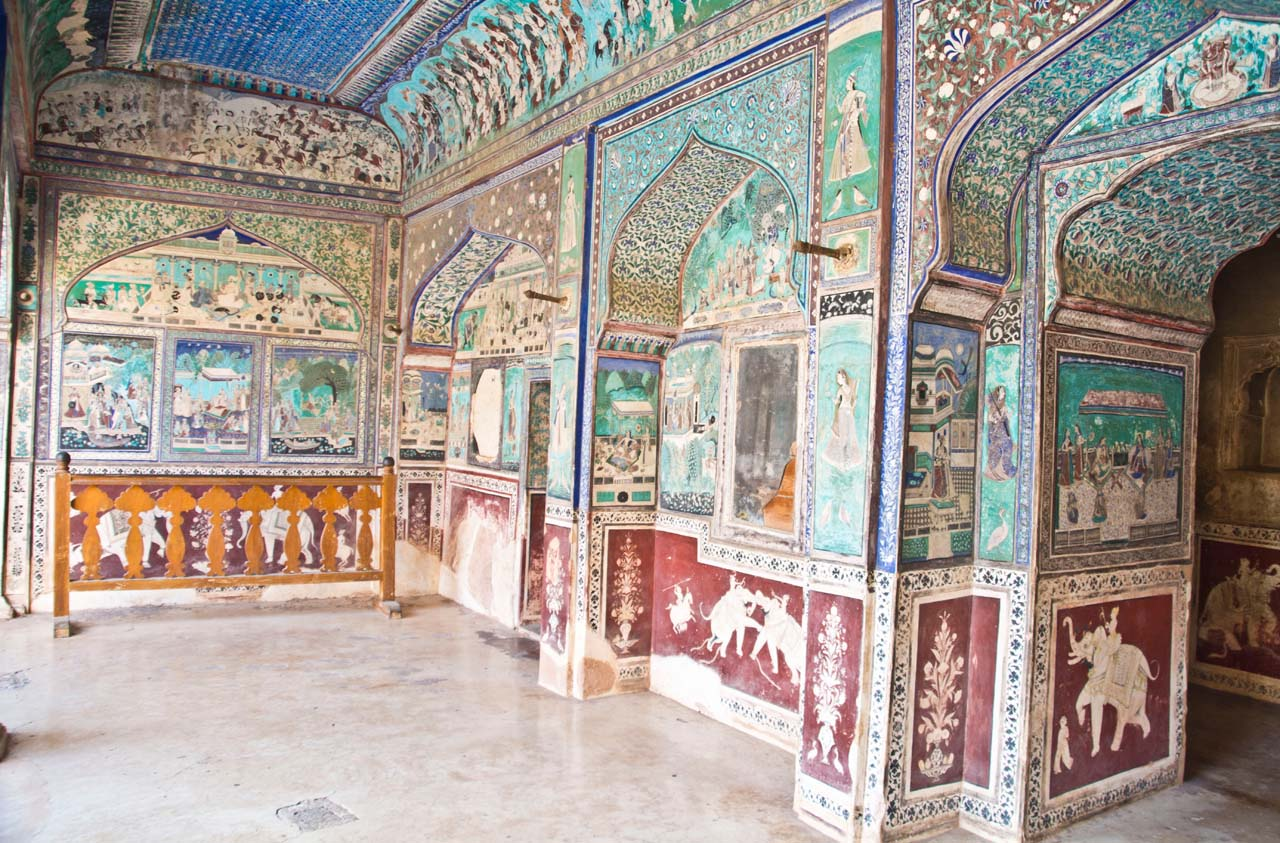 Paintings in Garh fort Bundi in Rajasthan