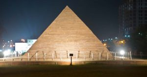 Great Pyramid at Seven wonder Park kota