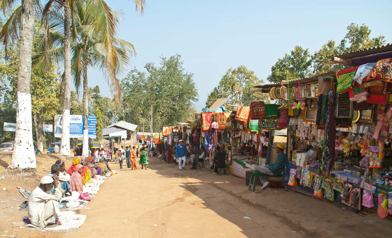Market outside mosque in Hajo