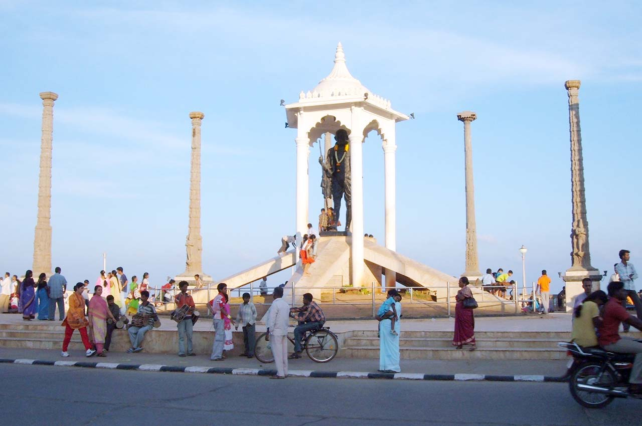 Gandhi statue Puducherry
