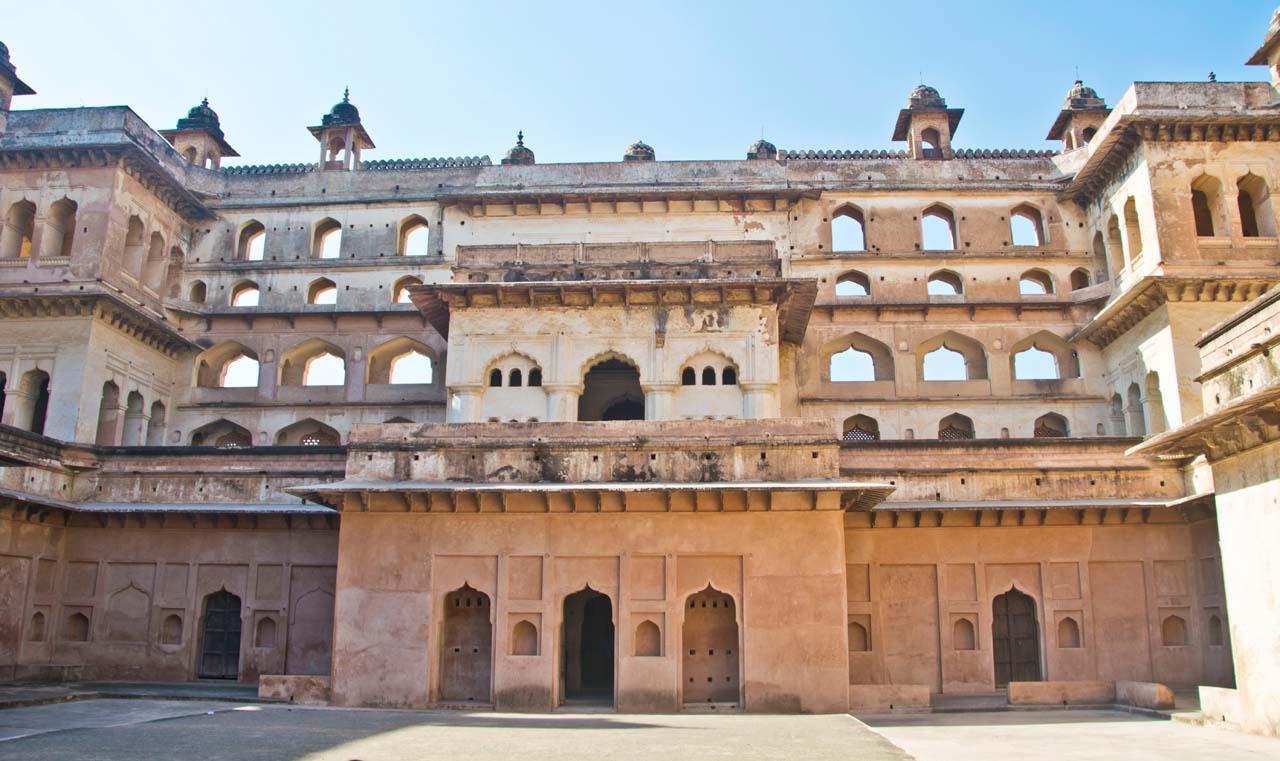 Raja Mahal Orccha fort complex