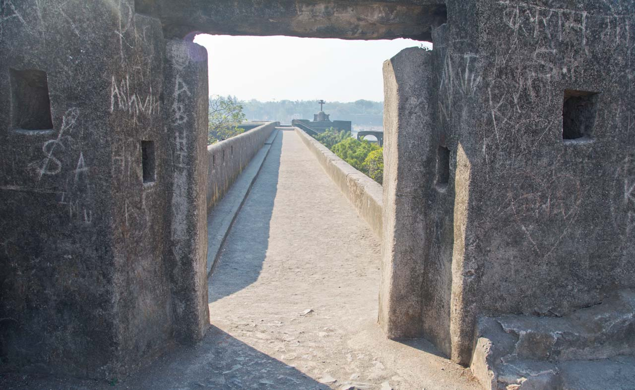 Fort wall Daman