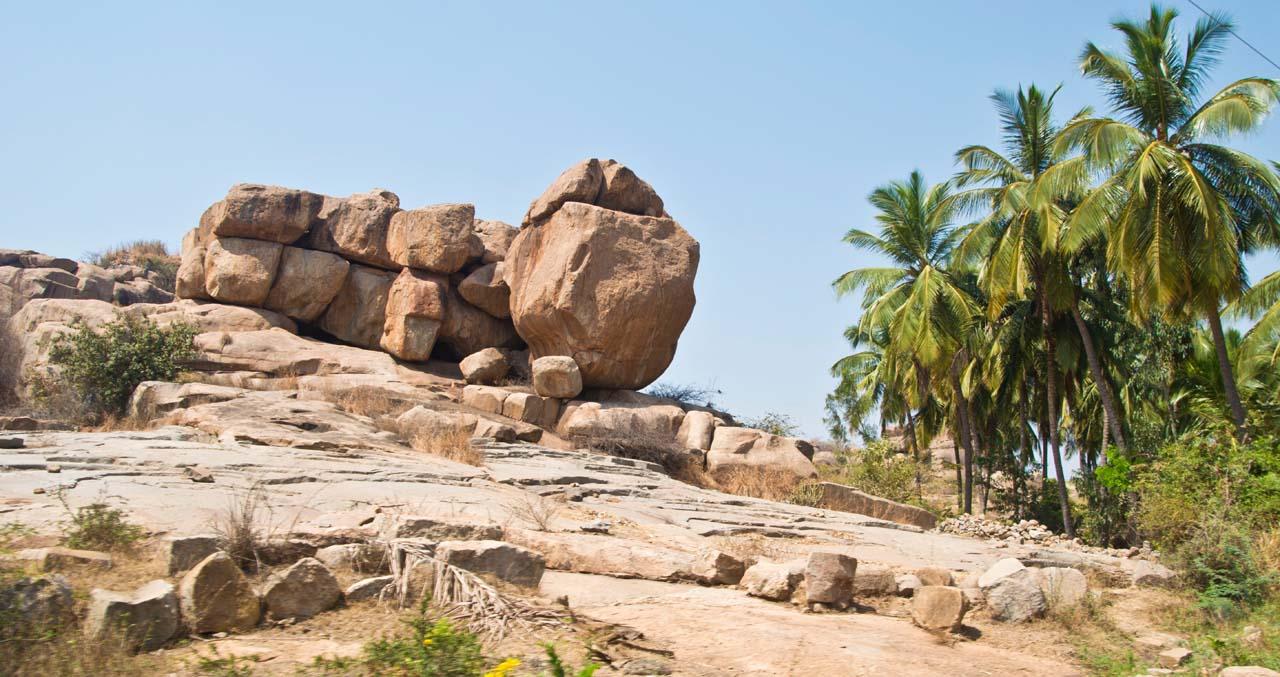 Boulders in Hampi