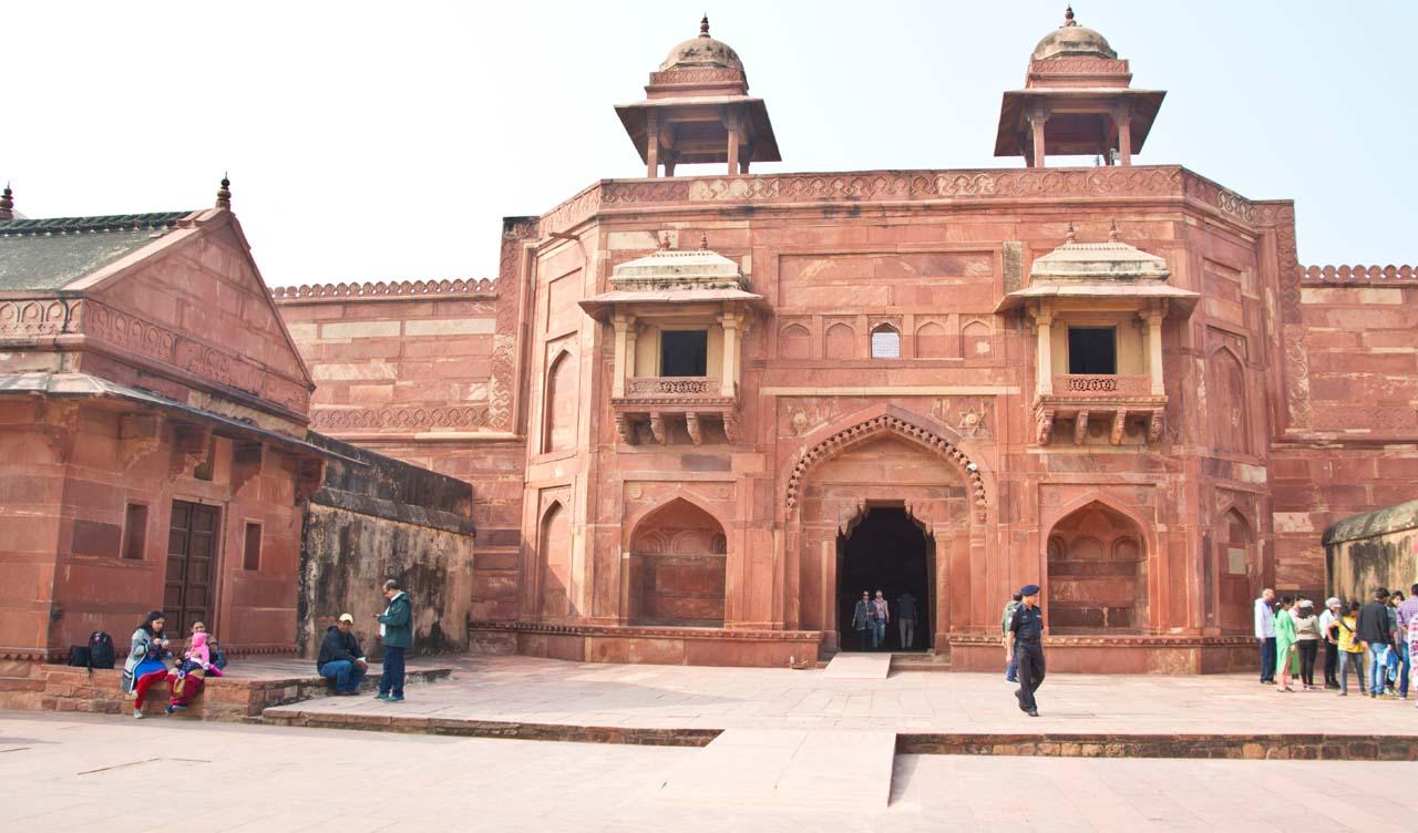 Inside Fatehpur Sikri fort