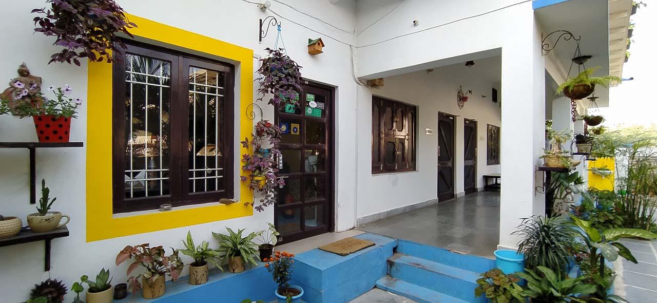 Iora guest house Bharatpur