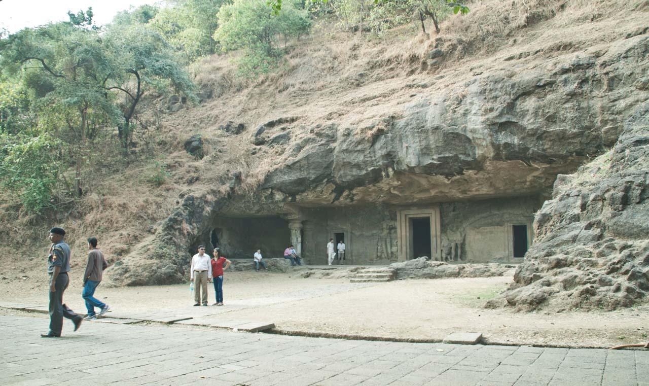Elephanta caves temples